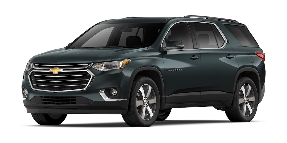 Chevrolet Traverse 2020, camioneta familiar en color gris jade metálico